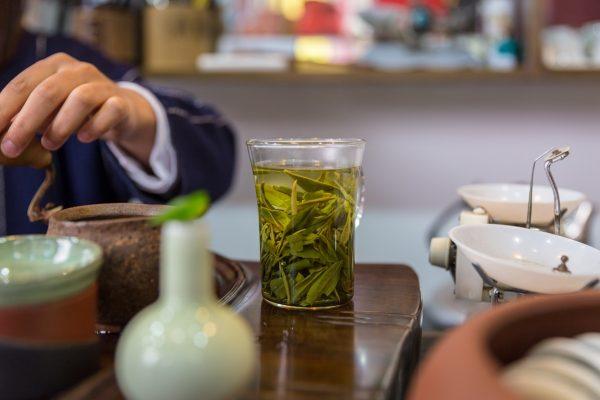 tea-house-shanghai-china-JG4AXW9